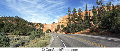 Road to Bryce Canyon, panoramic view - Road to Bryce Canyon...