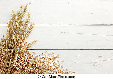 oats with grains - oats with its processed and unprocessed...
