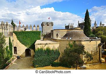 dentro, Almodovar, castelo, restaurado