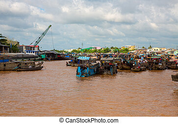 Floating market - Wide angle view of mekong river and...