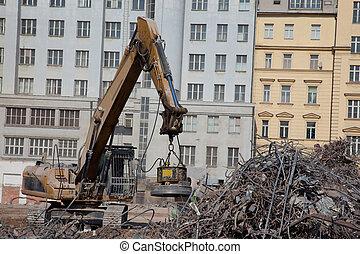 Magnetic separation - Magnet separate steel at demolition