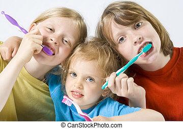 enfants, brossage, dents