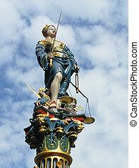 Themis, estatua