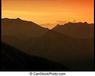 MOUNTAINS at sunset pan
