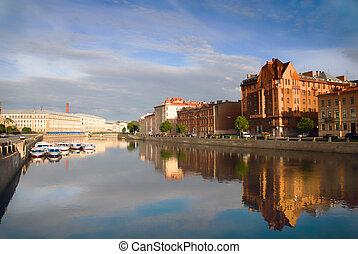 Fontanka river. - Fontanka river in the morning. St....