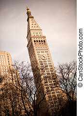 Clock tower of the Metropolitan Life Insurance Company building, Madison Square Park, Downtown, Manhattan, New York City, NY, USA