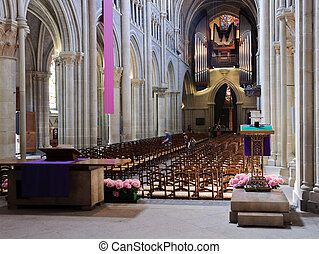 Lausanne cathedral interior from the back. - Lausanne...