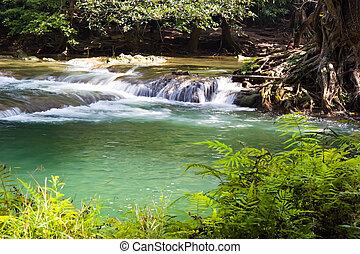Chet Sao Noi Waterfall in Saraburi - Chet Sao Noi Waterfall...