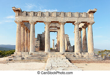 Temple entrance - A view into the entrance of the Doric...