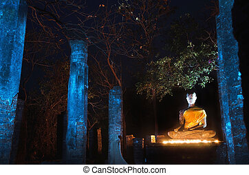 Buddha statue in Sukhothai Historical Park (light painting...