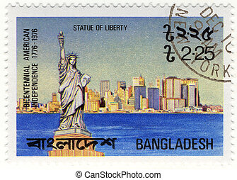 vintage stamp with NY Statue of Liberty, Bicentemnnal of USA...