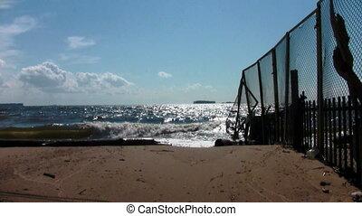 End beach