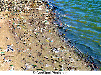 Foul Beach - View on the Dirty and Litter Beach