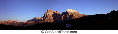 dolomiti at sunset - the dolomites at sunset viewed from teh...