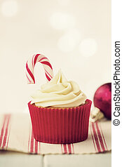 Christmas cupcake - Cupcake decorated with a candy cane