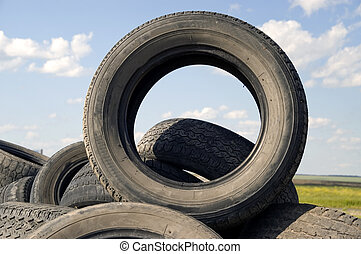 Tyre heap. - Heap of the old worn out automobile tyre...