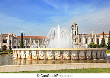 The fountain and monastery of St Jerome - Gorgeous Portugal...
