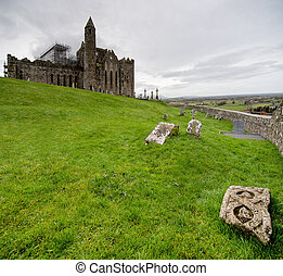 Rock of Cashel Ireland - Rock of Cashel Castle in Ireland