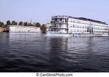 The River Nile Cruise Boats - Cruise Boats on the river Nile...
