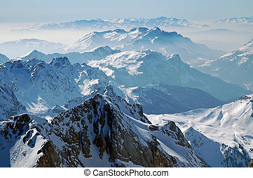 Snow covered mountains in the Italian Dolomites, Dolomiti