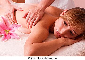 Massage body beatiful women relax in spa