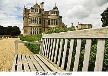 Elizabethan mansion - A great place to sit and view this...