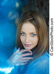 hermoso, azul, niña, ojos