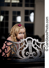 ?ute little girl, a child with mother - ?ute little girl, a...
