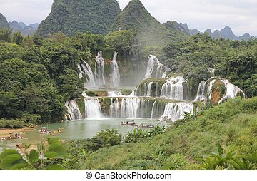Detian Falls, at the border between China and Vietnam