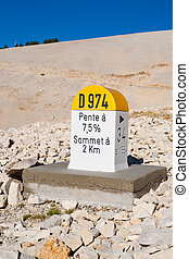 Level stone Mont Ventoux