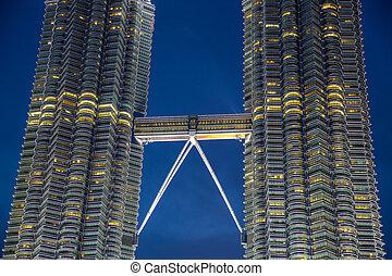 Petronas towers skybridge - KUALA LUMPUR - AUG 29: closeup...