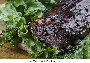 Rack of Ribs on lettuce