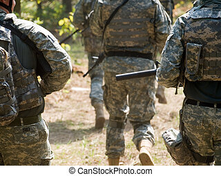 US Soldiers - The US Army soldiers running to the position