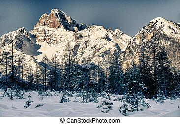 Croda Rossa on Italian Alps - Croda Rossa on Italian...