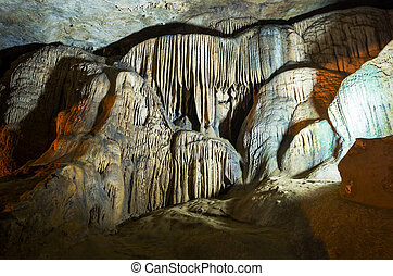 Cave in Vietnam - Cave Nguom Ngao in Vietnam