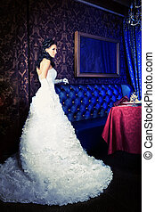 person lux - Beautiful bride in a luxurious restaurant....