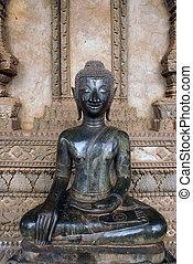 Buddha in wat