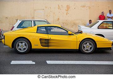 Ferrari Testarossa - VALENCIA - JUL 10: Ferrari Testarossa,...
