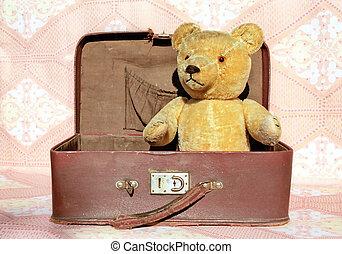 oso, viejo, maleta