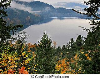 Autumn Mountain Lake Landscape - Cultus Lake, BC Canada -...