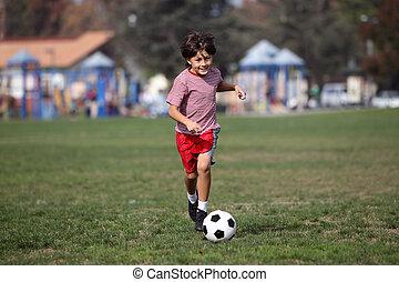 niño, juego, futbol, N, parque
