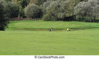 Golf fifteen - amateurs golfing