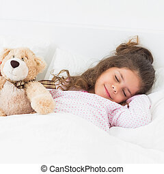 Little girl sleeping with teddy bear - Little girl in bed...