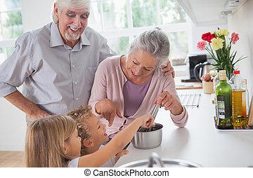 ajudando, Avós, sorrindo, cozinheiro, crianças