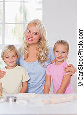 Blonde smiling family at the camera - Blond esmiling family...