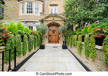 Rich london mansion entrance. England.