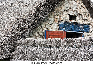 Thatched cottage - Details of a thatched cottage in Brittany...