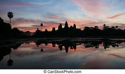 Timelapse of Angkor Wat at Sunrise - Sunrise on Angkor Wat...