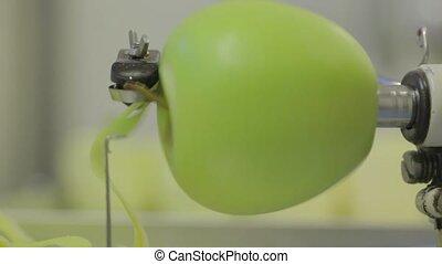 pealing a apple
