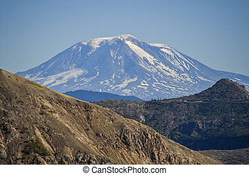 Mt Adams in Washington state - Mt Adams seen from Mt Saint...